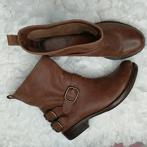 Lucky Brand Norton Brown Leather Pull On Boots 6.5